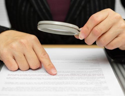 Отказ в выдаче лицензии в связи с технической ошибкой признан судом незаконным